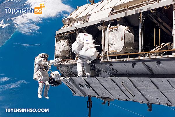 kỹ thuật không gian
