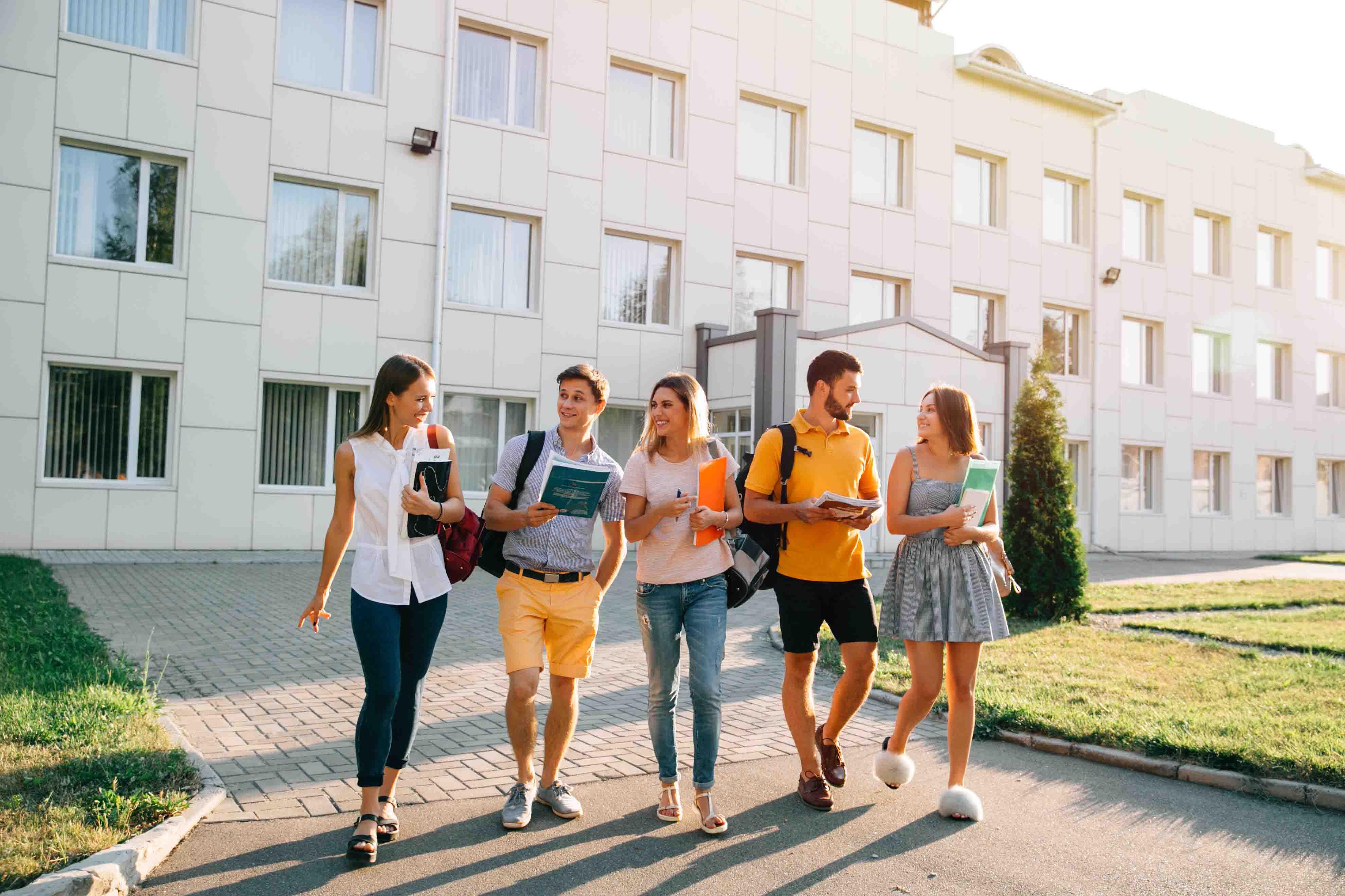 Du học Mỹ 2021: Đăng kí XIN HỌC SỚM - tăng cơ hội vào trường TOP & nhận học  bổng